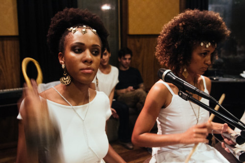 (Priscila Oliveira e Ana Carolina Toldeo. Foto: Crewactive Photography)