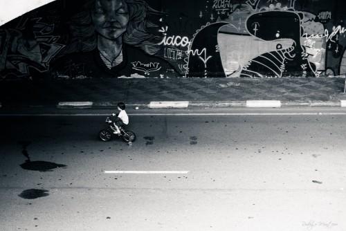 O menino e a bicicleta.