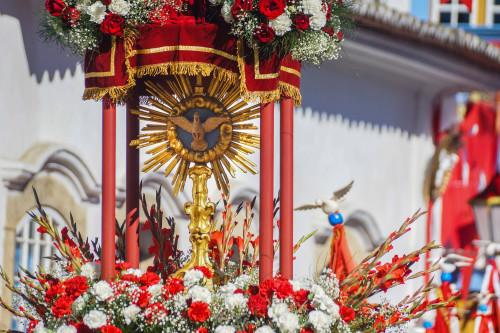 Cetro do Divino. Foto: PASCOM da Igreja Nossa Sra. Dos Remédios